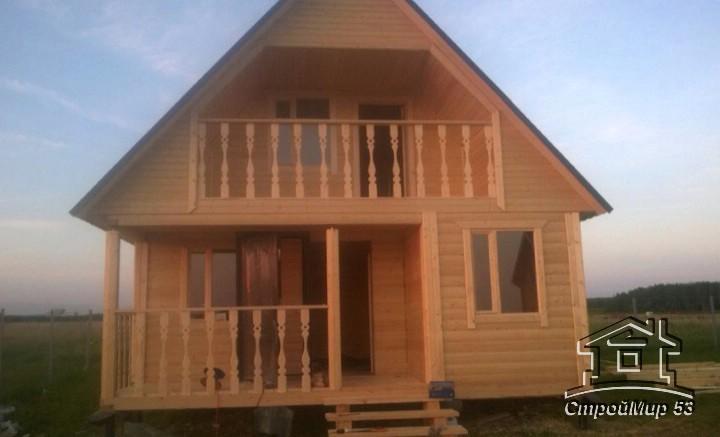 фото дома с балконом