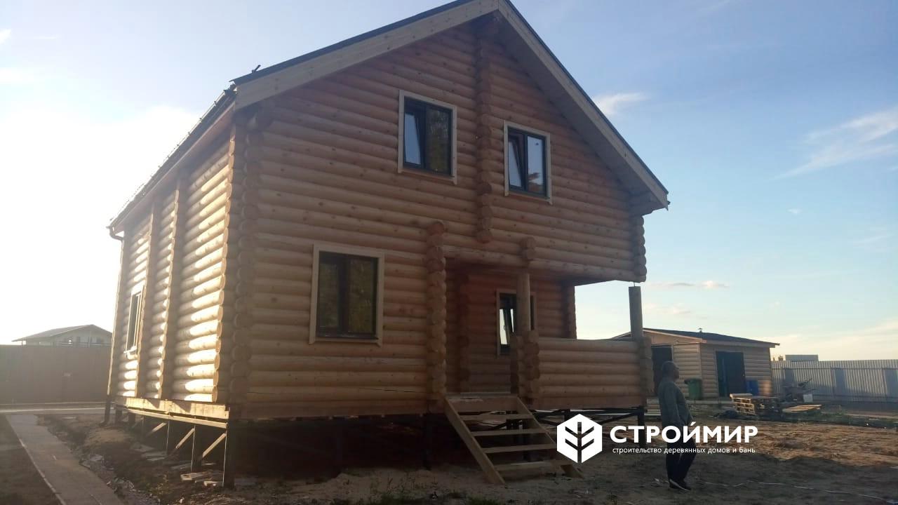 Дом из бревна по проекту ДБР-26